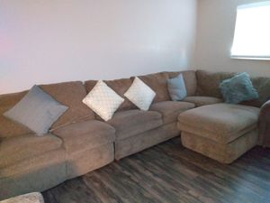 Beautiful Sectional w sleeper & reclining chair plus include another recliner chair and lamps!!!!! for Sale in Aurora, CO