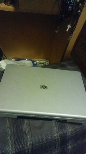 Small laptop HP. NO CHARGER. AS IS..... for Sale in San Fernando, CA