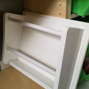 New magazine rack wood white for Sale in Pembroke Pines, FL