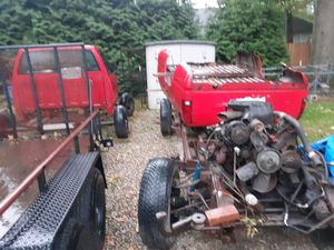 Parting out92 chevy cheyne 4x4. 4.3 vortec for Sale in Painesville, OH