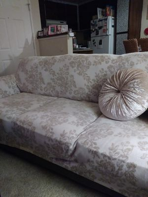 Jennifer Convertibles Sofa and Loveseat for Sale in Pittsburg, CA