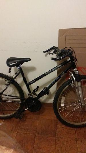 Mountain bike MAGNA for Sale in Alexandria, VA