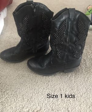 Girls size 1 black boots for Sale in Omaha, NE