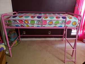 Twin size girls bed frame (half bunk) for Sale in Lawrenceville, GA