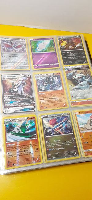 POKEMON CARD'S LOT.360 PCS COLLECTIBLES GREAT CONDITION COME WITH BINDER CARD'S for Sale in Houston, TX