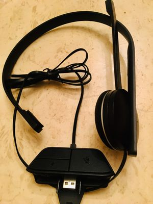 Brand new Xbox one headset for Sale in Loxahatchee, FL