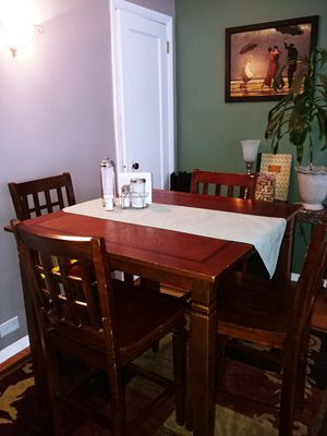 Dining room table and 4 chairs for Sale in Alexandria, VA