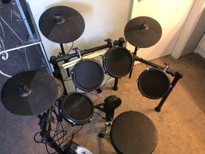 Alesi nitro mesh drum set for Sale in La Habra, CA