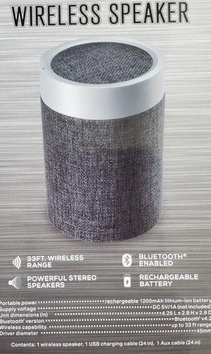 Bluetooth speaker for Sale in Oviedo, FL