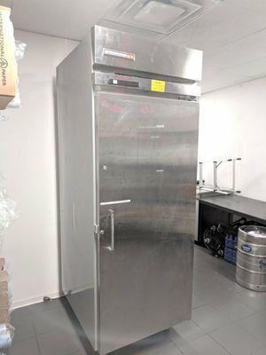 Kelvinator Standing Freezer (Needs Compressor) for Sale in Silver Spring, MD