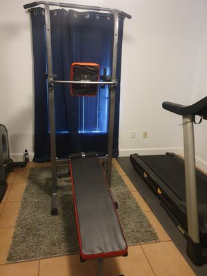 Pull bar with bench for Sale in Ocala, FL