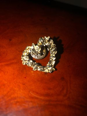 Brooch - Silver heart made of flowers for Sale in Beaumont, TX