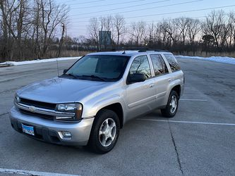 2005 Chevrolet Trailblazer LT Fully Equipped New Lower Price!!!! for Sale in Des Plaines,  IL