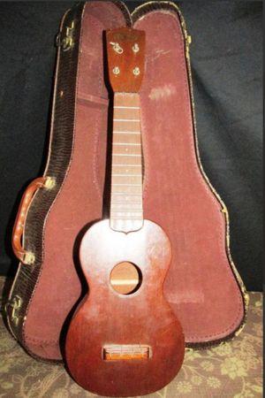 CF Martin Ukulele 1950's type 0 w/ Original case for Sale in Fresno, CA
