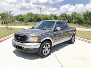 2002 ford f150 lariat título limpio solo cash for Sale in Dallas, TX