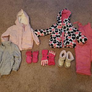 Girls Winter Clothes: Snow Boots, Overalls, Jackets, And Gloves for Sale in Plant City, FL