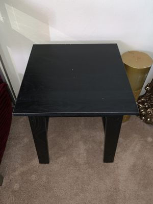 Small wooden table for Sale in New Port Richey, FL
