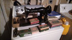 Singer sewing machine 1948 for Sale in Selma, CA