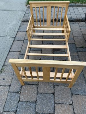 Toddler bed for Sale in New Haven, CT
