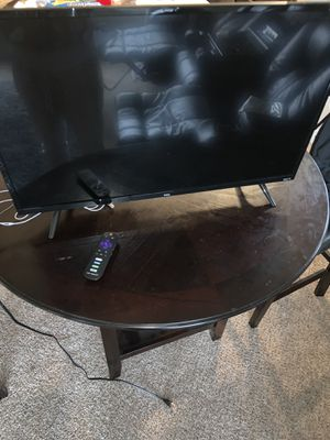 32' TCL Roku TV for Sale in Seattle, WA
