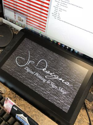 """Wacom drawing tablet 13""""HD for Sale in Boston, MA"""