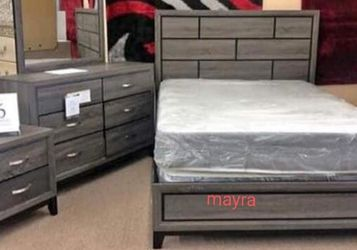 ** Gray Bedroom Set.. Dresser Mirror Nightstand Bed Frame Queen for Sale in Addison,  TX