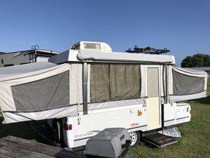 03 Colman pop up camper for Sale in Palm Bay, FL