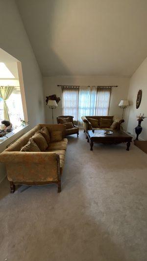 Living room coach set bundle for Sale in Ashburn, VA