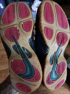 Size 12 Gucci foamposite in nearly new condition for Sale in Woodbridge Township, NJ