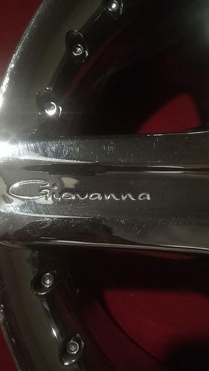 Giavanna 22in 5 lug chrome rins for Sale in North Las Vegas, NV