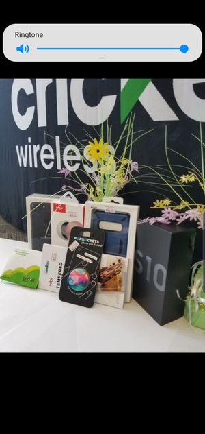 Get the New Galaxy S10 or the iPhone 11 for Sale in Fort Walton Beach, FL