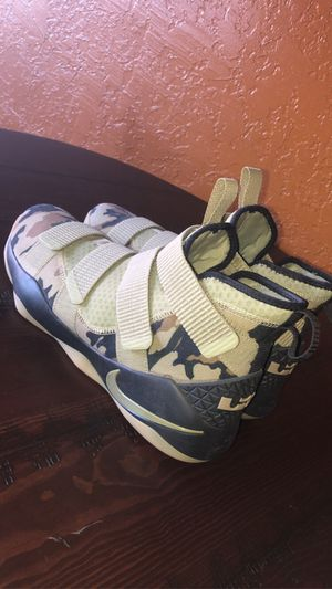 Nike Zoom LeBron Soldier 11 'Camo' Men's for Sale in Fletcher, OK