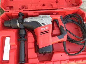 Milwaukee 9-1/16 Rotary Hammer Drill for Sale in Oceanside, CA
