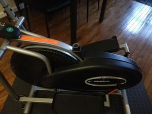 Exerpeutic 260 Air Elliptical for Sale in Washington, DC