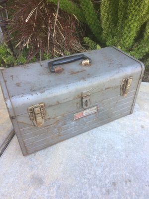 Selling a vintage craftsman tool box for Sale in Corona, CA