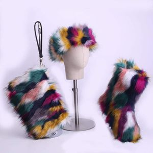 Ladies Fur boots handbag and hat set for Sale in Irwindale, CA