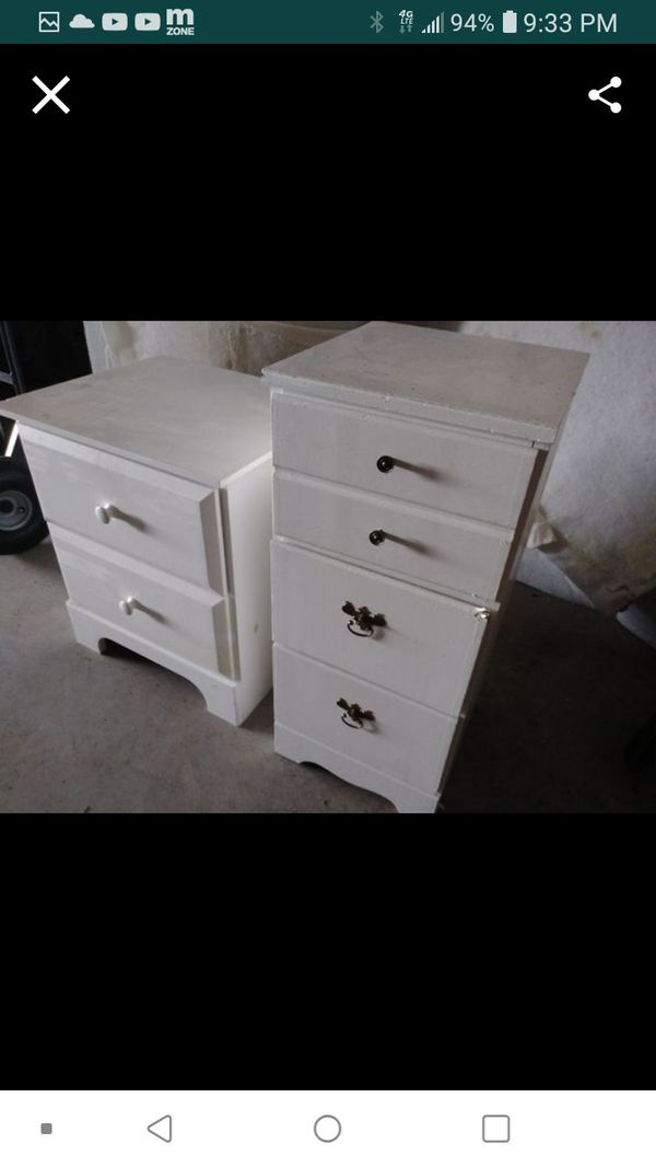 2 small wood drawer