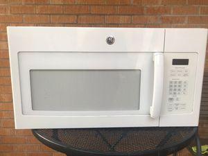 Microwave en buenas condiciones for Sale in Mesquite, TX