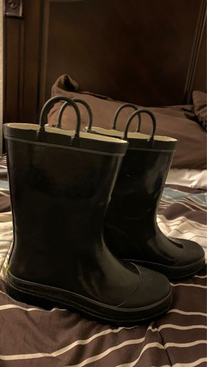 Rain boots for Sale in Baldwin Park, CA