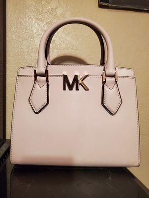 Michael kors mott messenger bag for Sale in Phoenix, AZ