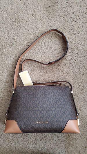 Michael Kors crossbody bag for Sale in Ontario, CA