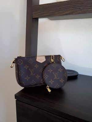 Multi pochette +Coin for Sale in Bellevue, WA