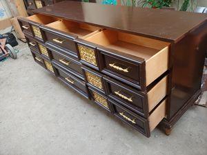 Dresser for Sale in Clovis, CA