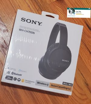 Sony Noise Cancelling Headphones WHCH700N - Wireless Bluetooth Headset with Mic Alexa Voice Control – Black for Sale in Greenville, SC