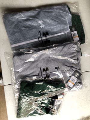 Under Armour Men's Small sport set 3pieces for Sale in Sudley Springs, VA
