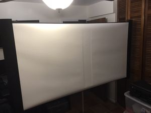 """Accolade """"Duet"""" 80"""" projection screen for Sale in Miami, FL"""