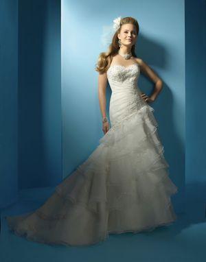 Wedding Dress Size 10 for Sale in San Diego, CA