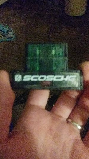 Scosche maxi fuse holder w/ 30 amp maxi fuse for Sale in Golden, CO