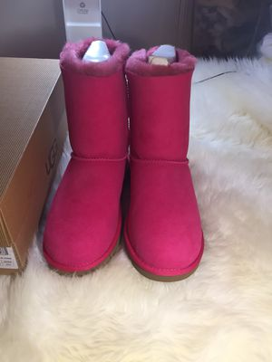 New Authentic UGG Bailey bow boots for Sale in Newport News, VA