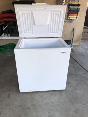 Whirlpool 7 cu ft freezer for Sale in Escondido, CA